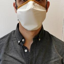 L'atelier du gantier soutient l'économie locale et les artisans qui on su mettre leurs compétences au service de la population. Les masques réutilisables fabriqués en Aveyron sont disponibles sur le site internet et en boutique à Millau. https://www.atelierdugantier.fr/fr/les-accessoires/302-lot-de-3-masques-reutilisables-fabrication-francaise.html #soutenonslesentreprises #artisanatfrancais #millau #fabriqueenfrance #aveyron #masques